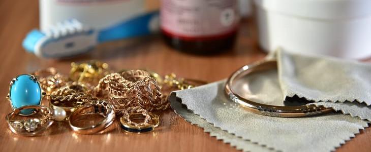 Как вернуть блеск золоту в домашних условиях